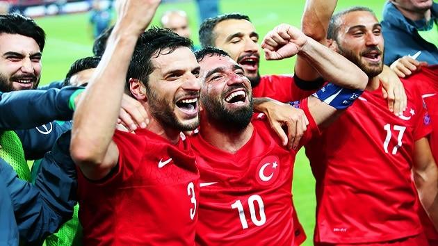 Soi kèo nhà cái tỉ số Thổ Nhĩ Kỳ vs Hungary, 04/09/2020 - Nations League