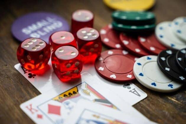 Bi quyet choi xi to Poker cung cao thu