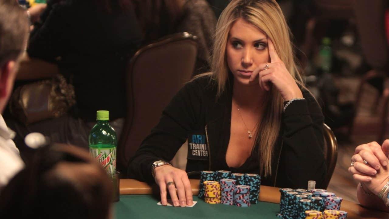 Một số lỗi tư duy chơi Poker online