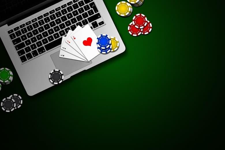 Đọc vị những người chơi gian lận trong trò chơi tiến lên
